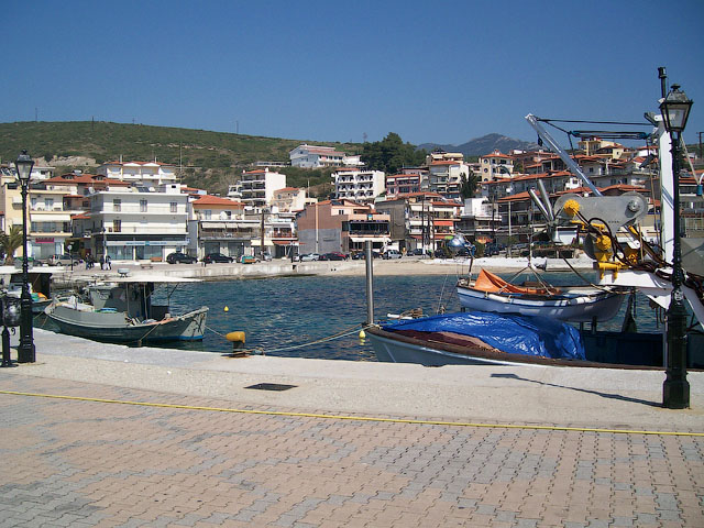 Неос Мармарас, порт
