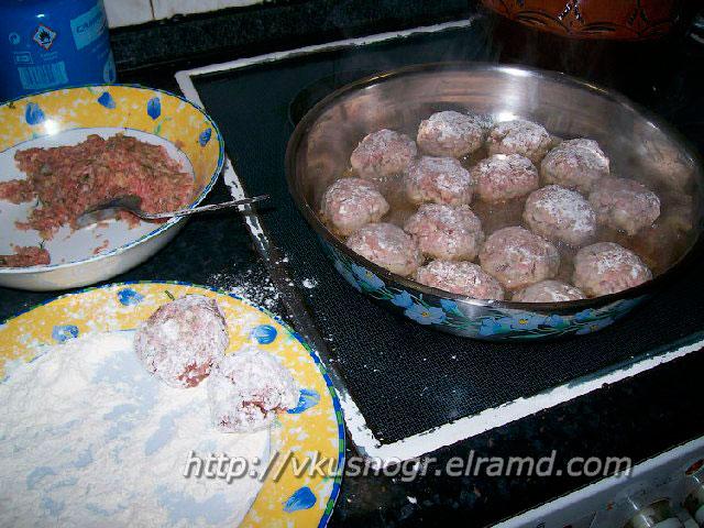 Тефтельки на сковороде