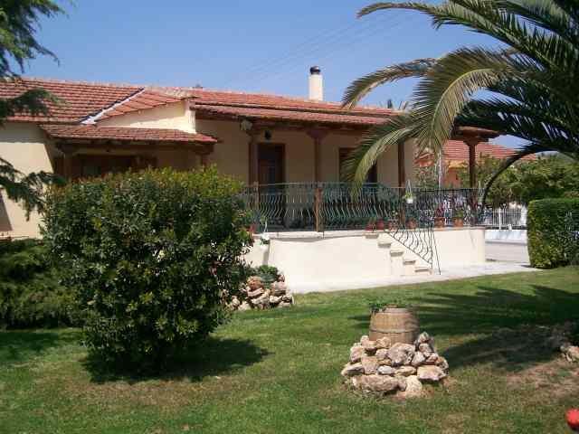 Дом в греческой деревне
