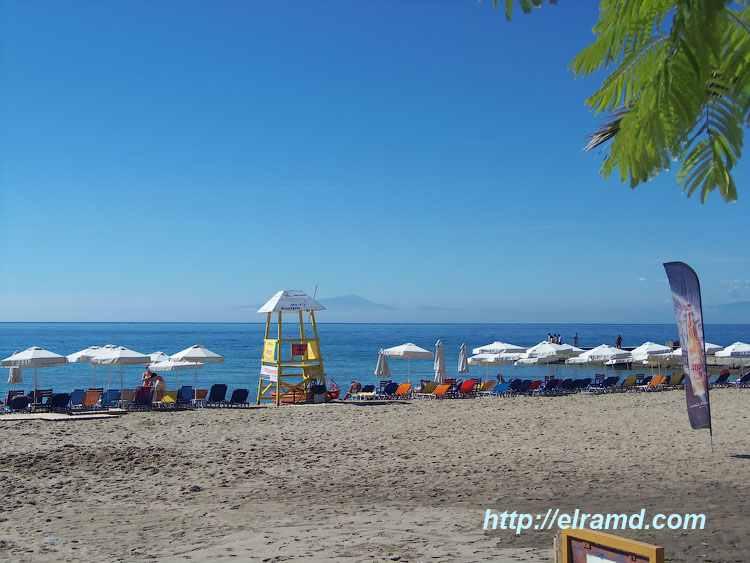 Пляж в Неа Калликратия, Халкидики