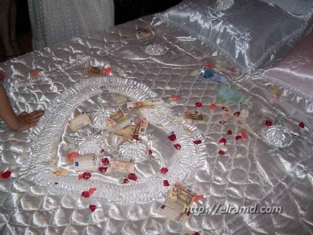 Греческая свадьба - постель новобрачных