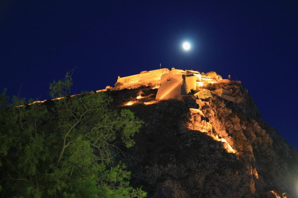 Нафплио, крепость Паламиди ночью