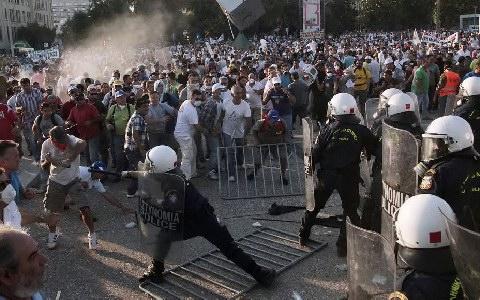 Что происходит в Греции