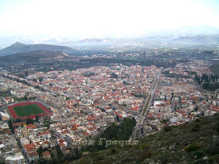 Вид на Нафплио с крепости Паламиди