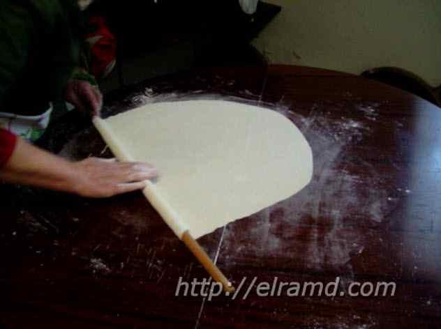 Как тонко раскатать тесто филло