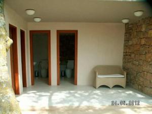 Пляжный туалет в Сани, диванчик, кофе, музычка.