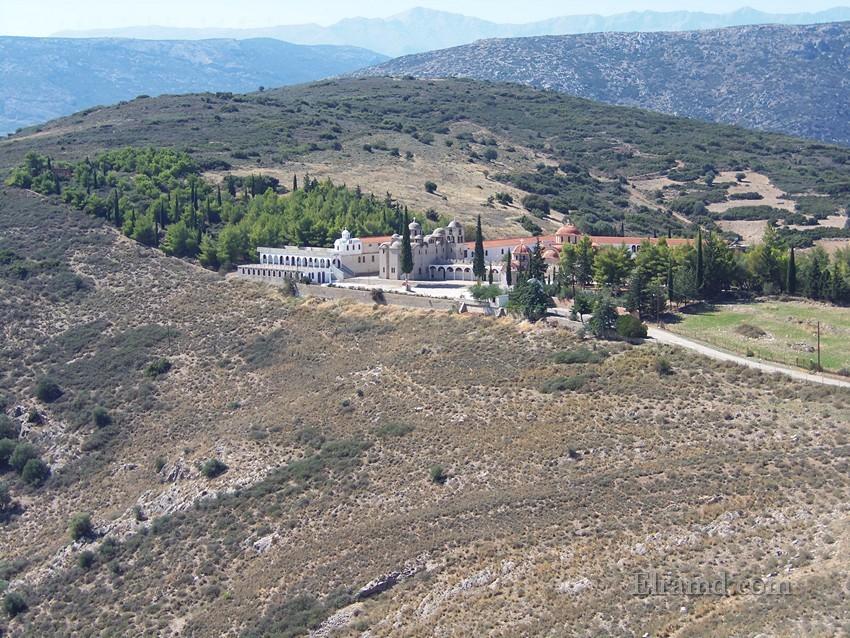 Монастырь Святой Марины ниже крепости