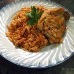 Курица в томатном соусе с крифараки (Котопуло манестра)