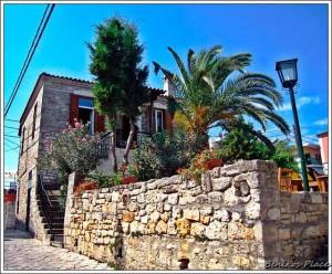 Афитос -каменная архитектура