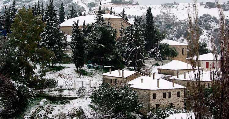 Храм Св.Никиты зимой