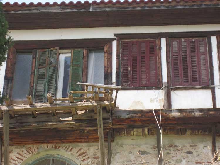 Старый греческий дом