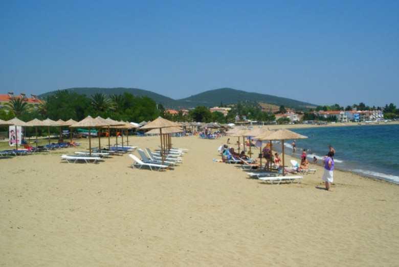 Паралия Геракини, пляж