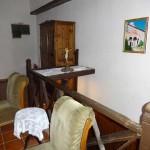 Внутри дома с келиями