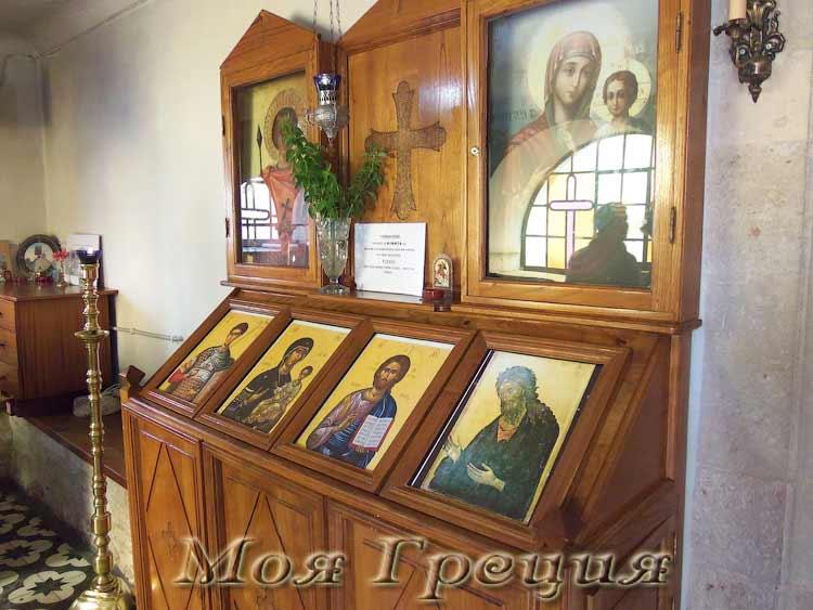 Иконы в храме Св. Димитрия