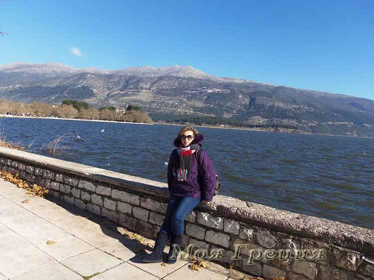 На озере в Яннина