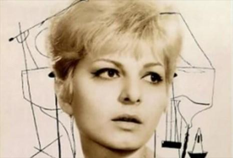 Греческая певица Джени Вану