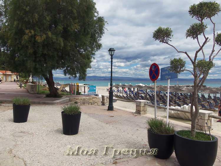 Пляж Каллифеи в мае