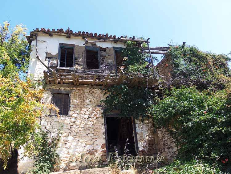 Заброшенный дом в Парфенонасе