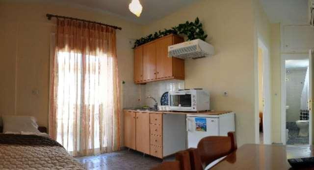 Комната с кухней в апартаментах