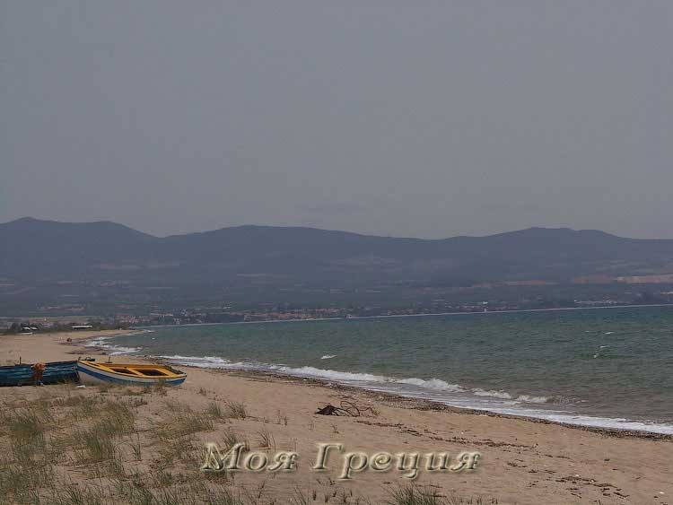 Пляж Агиос Мамаса в мае