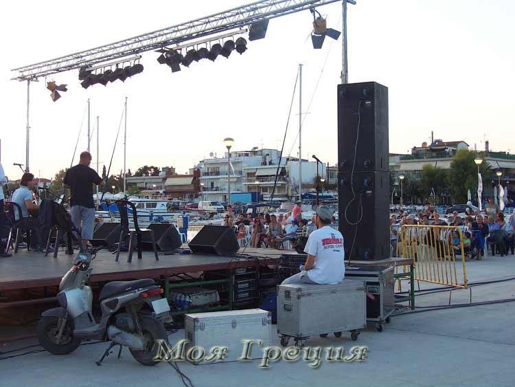 Фестиваль Сардин 2014, музыканты готовятся к выступлению