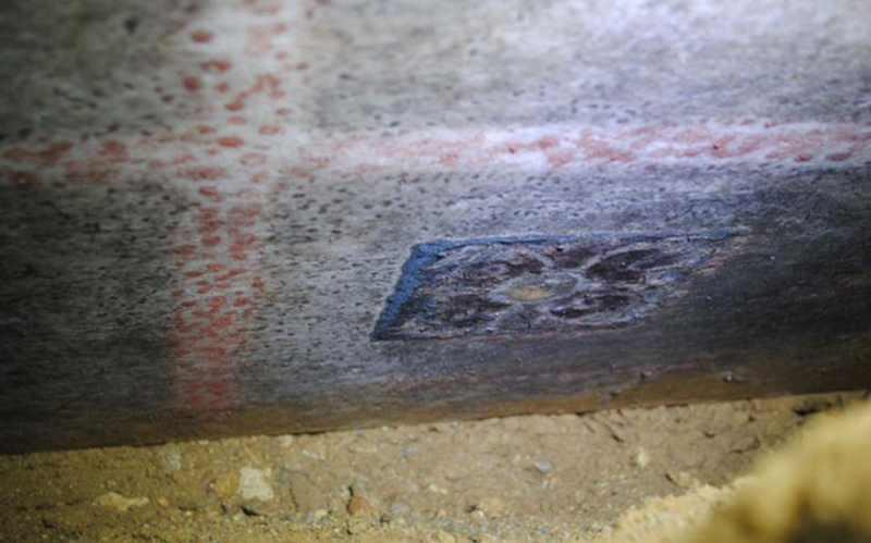 Архитектурные элементы гробницы в Амфиполе