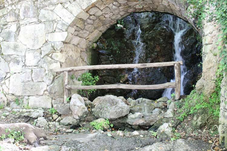 Аргируполи, Крит - водопад