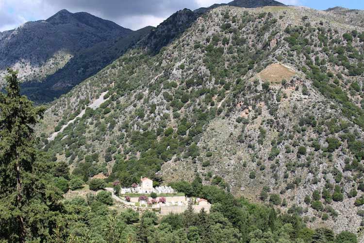 Вид из деревни Аргируполи