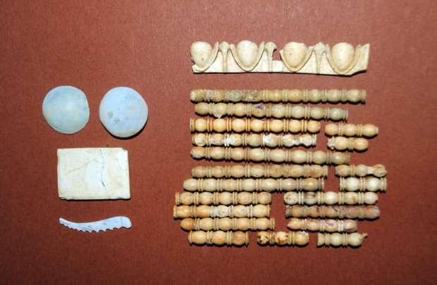 Амфиполь: украшения саркофага