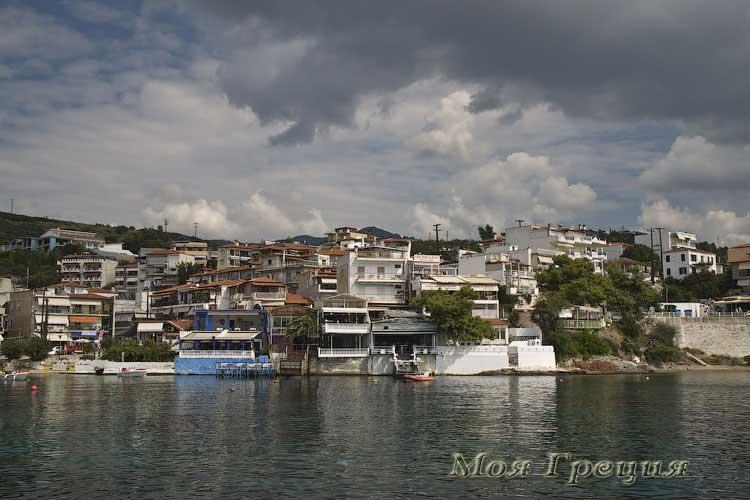 Неос Мармарас, гавань