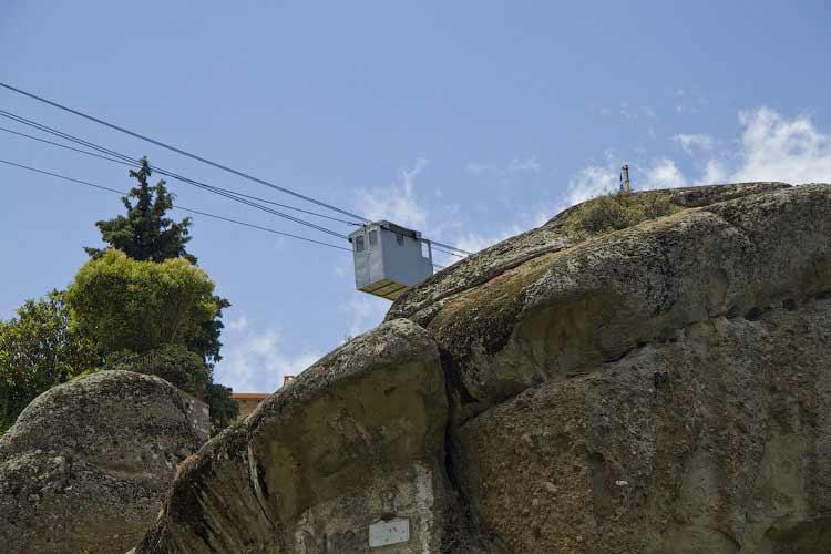 Доставка грузов в монастыри Метеор