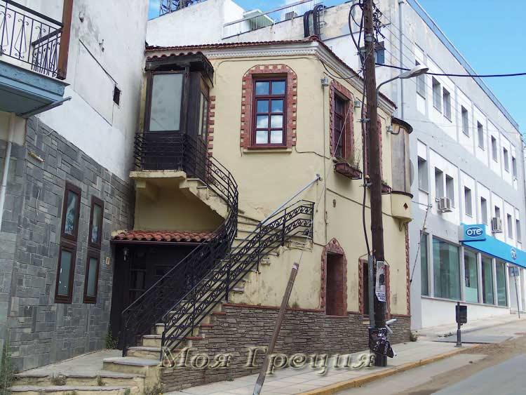 Старое здание, Полигирос