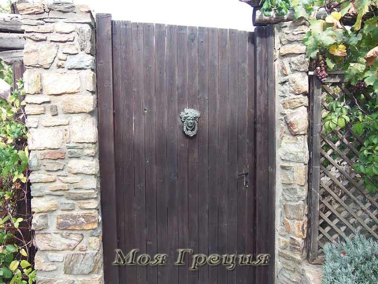 Интересная дверь)