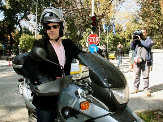 Алексис Ципрас - любитель мотоциклов