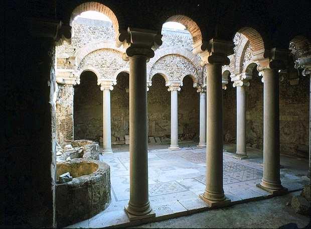 Римская вилла, внутренний дворик