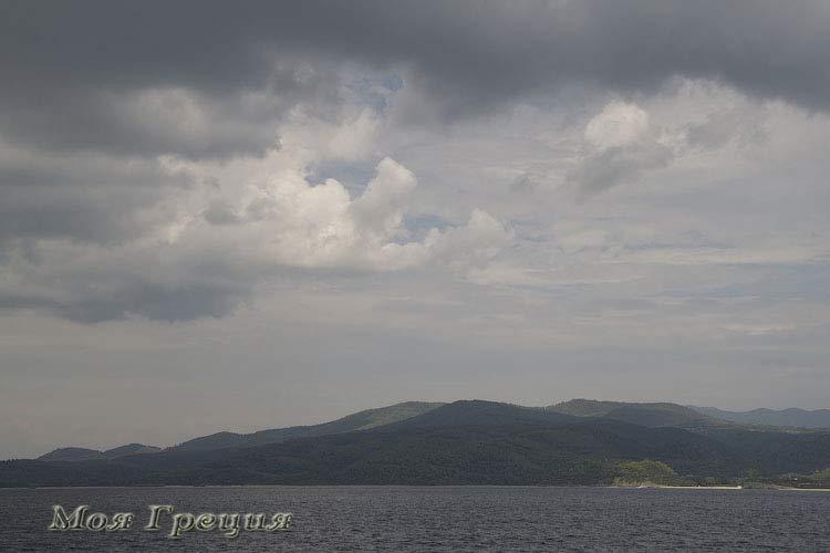 Вид с моря на Ситонию