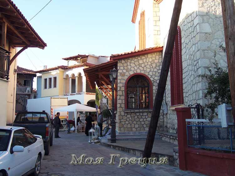 Улицы вокруг храма