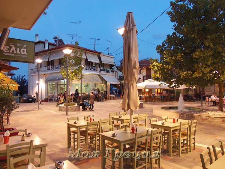 Площадь в Агиос Никоалос