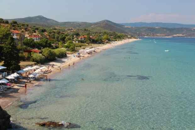 Пляж Акти Салоникью, Пиргадикья