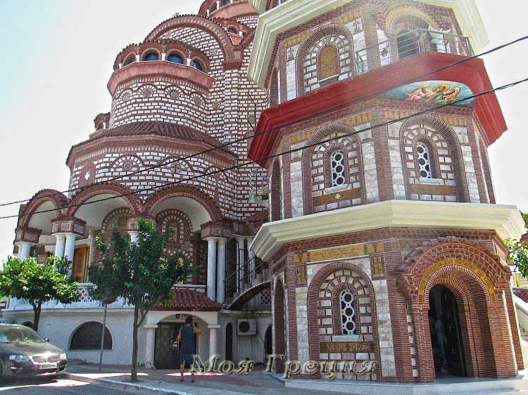 Храм в Неа Муданья
