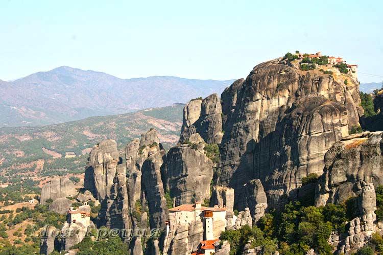 Скалы Метеор, монастырь Руссану