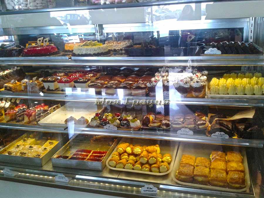 Греческие сладости в Неа Муданья, Янтаис