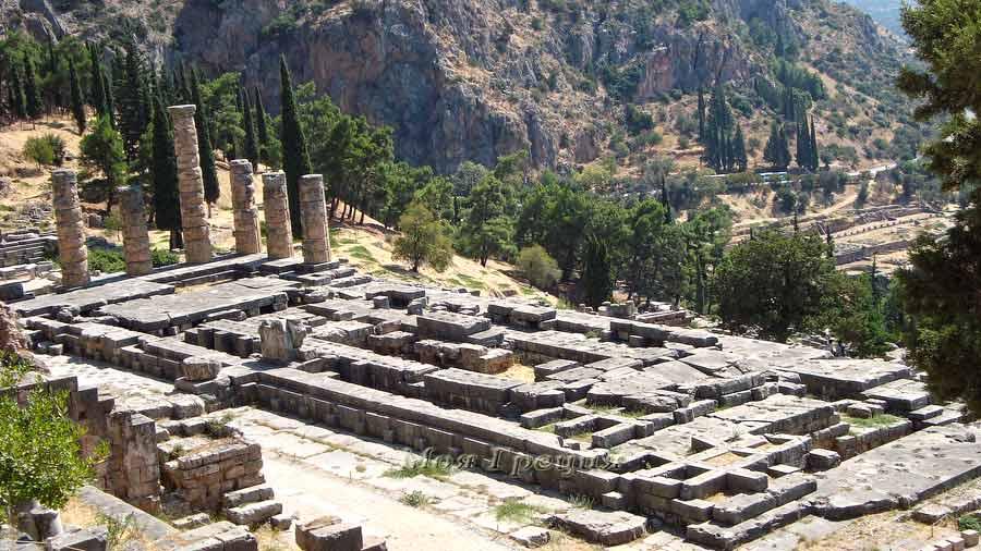 Руины храма Аполлона, Дельфы