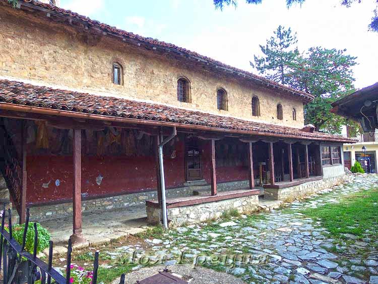 Храм Аг. Параскеви, Сиатиста