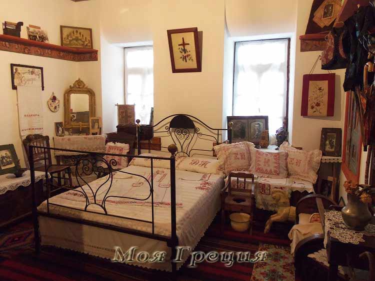 Старинная спальня