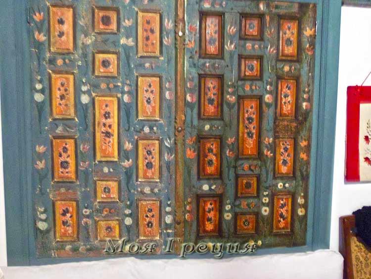 Расписные дверцы
