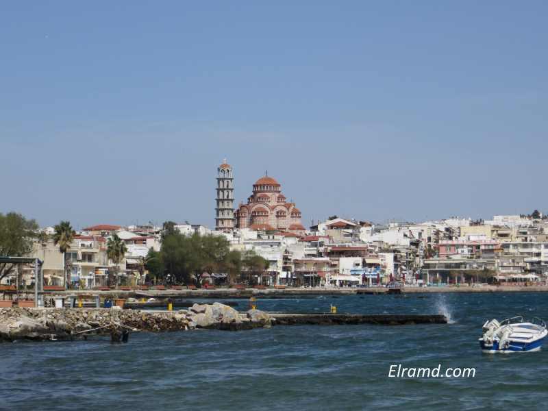 Вид на Неа Муданья из порта
