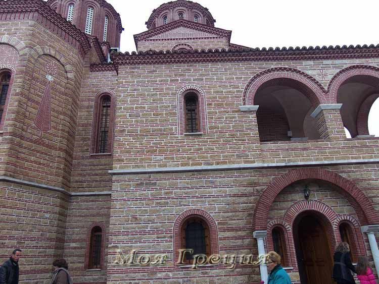 Храм Св. Арсения сбоку