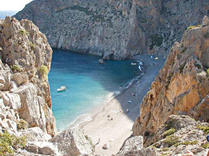 Агиофаранго - дикий пляж на Крите