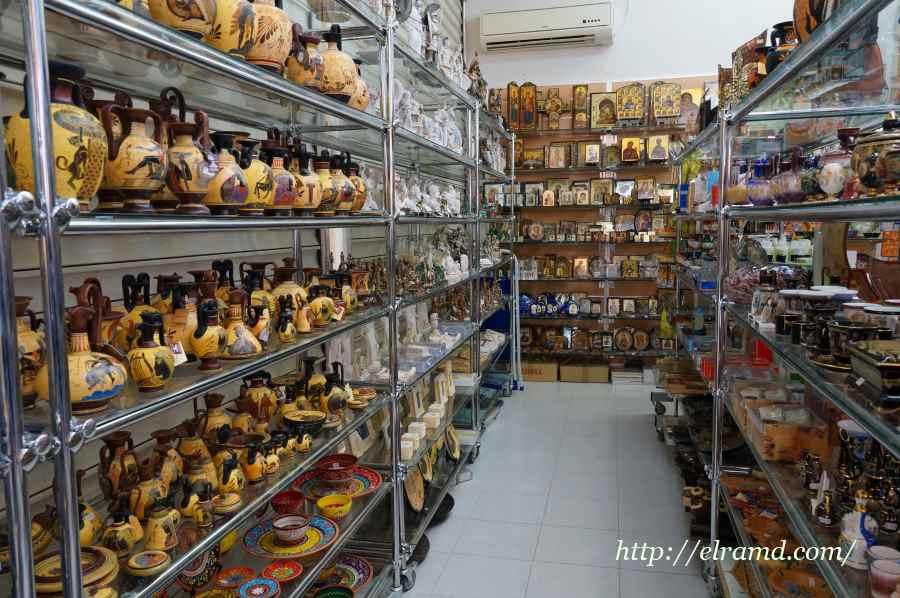 Сувенирный магазин в Каллифее